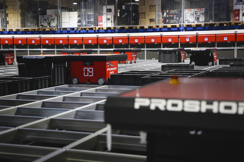 Autostore-robots bij Proshop