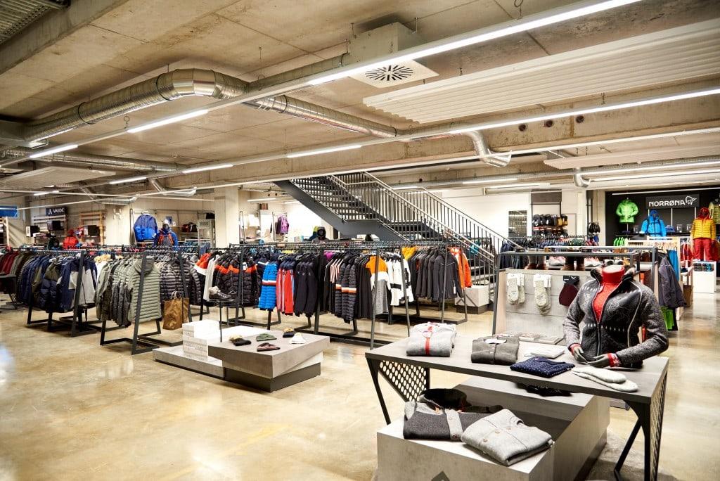 De winkel van EXXpozed biedt hoogwaardige uitrusting en kleding voor outdoor- en extreme sporten
