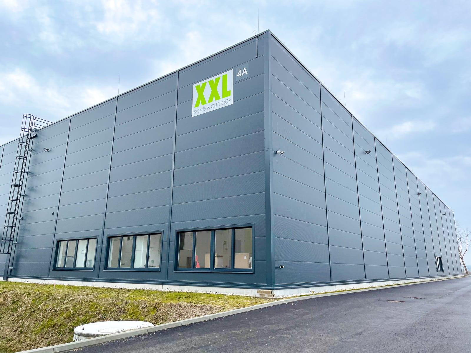 Central Warehouse Austria XXL gebouw van buitenaf